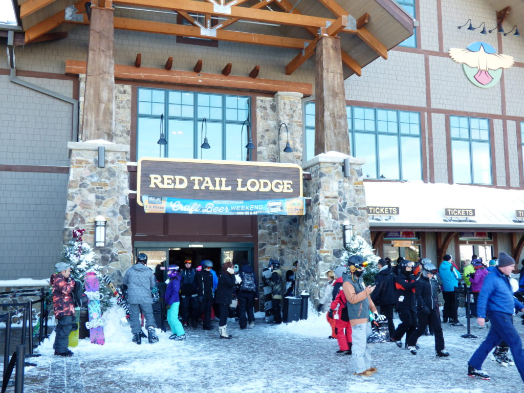 red tail lodge