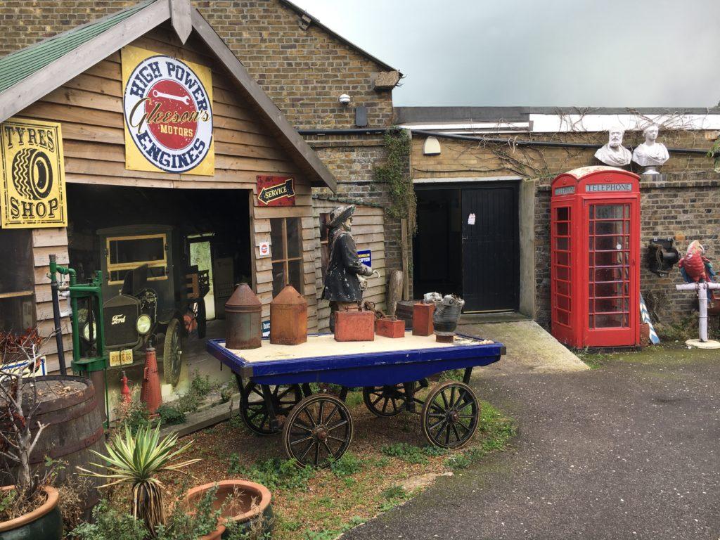 cullins yard pub